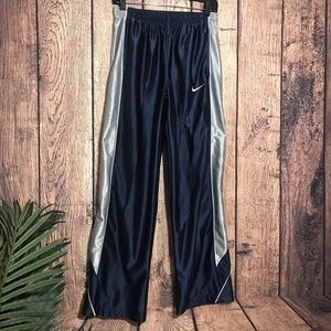Boys Nike Track Pants XL Age 13-15 Blue